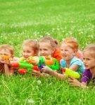 Дети с бластерами