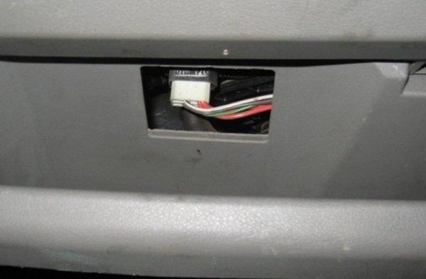 Штекер резистора скоростей
