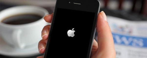 Зависание iPhone с логотипом Apple на экране