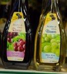 бутылки с винным уксусом