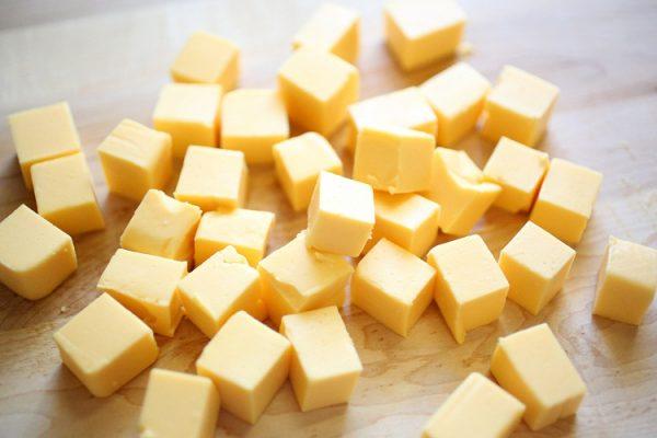 Кусочки сыра