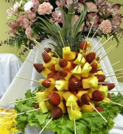 сервировка ананаса