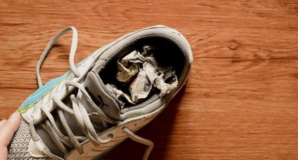 Растягиваем обувь из текстиля