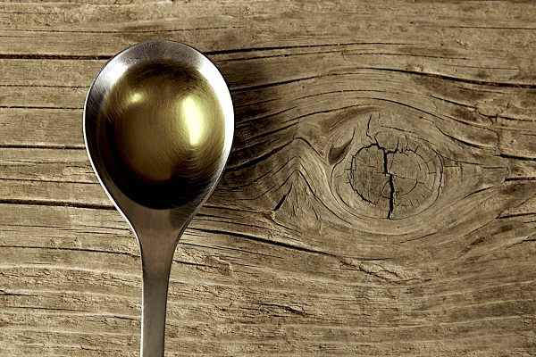 Столовая ложка оливкового масла