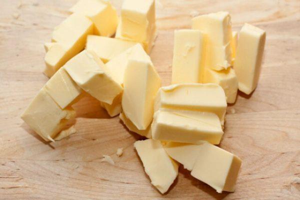 Кусочки сливочного масла