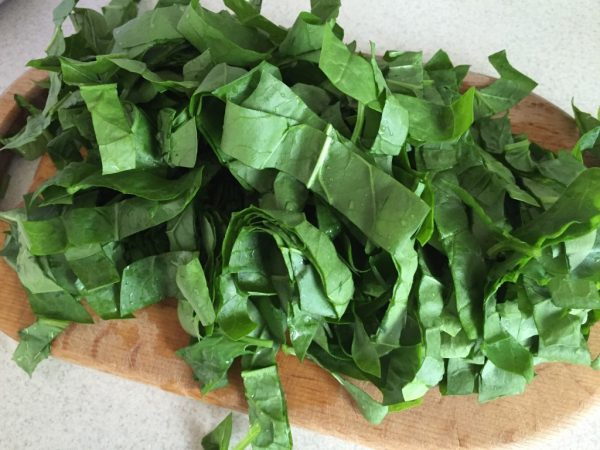 Нарезанный шпинат