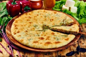 Попробовав осетинский пирог один раз, вы влюбитесь в его вкус на всю жизнь