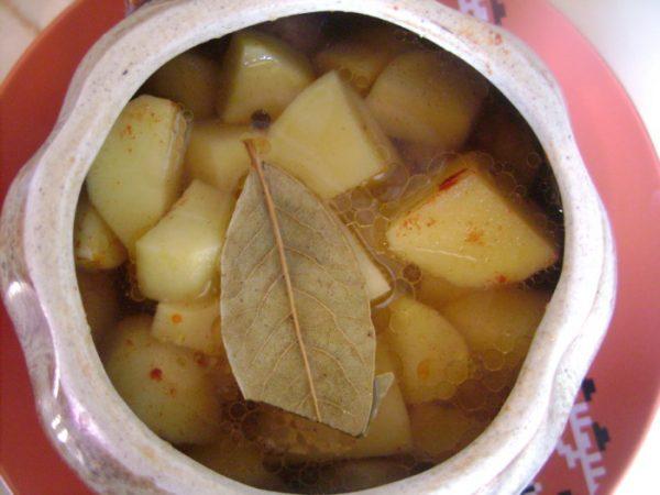 Заготовка для жаркого в керамическом горшочке