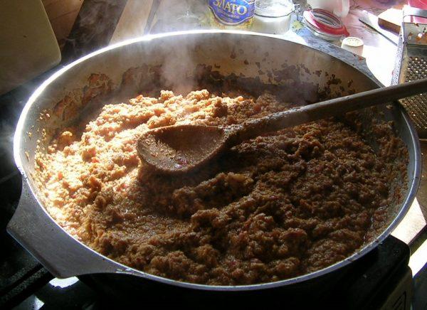 Грибная паста на сковороде