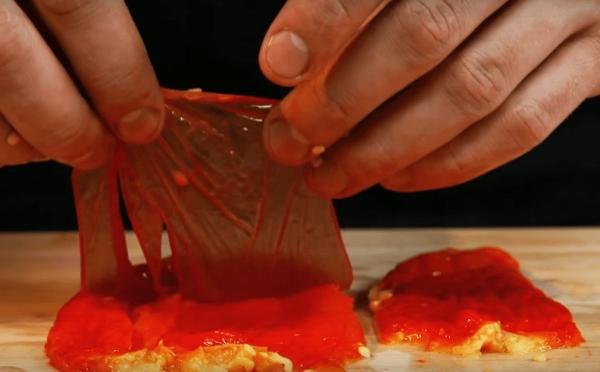 Чистка запечённого перца