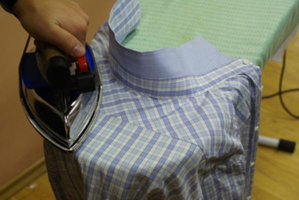 Как гладить плечи и кокетку