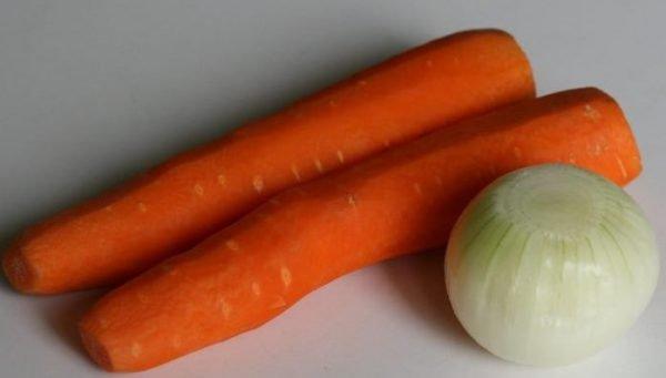 Репчатый лук и морковь