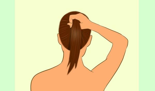 Собрать волосы на затылке