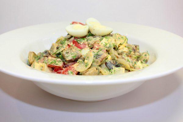 Готовый салат с томатами «Вкуснотища»