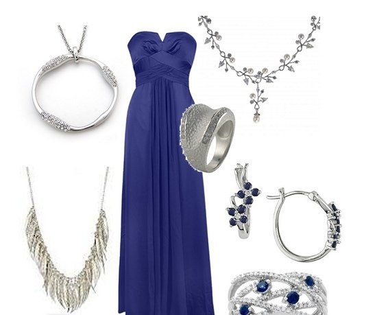 Синее платье и украшения