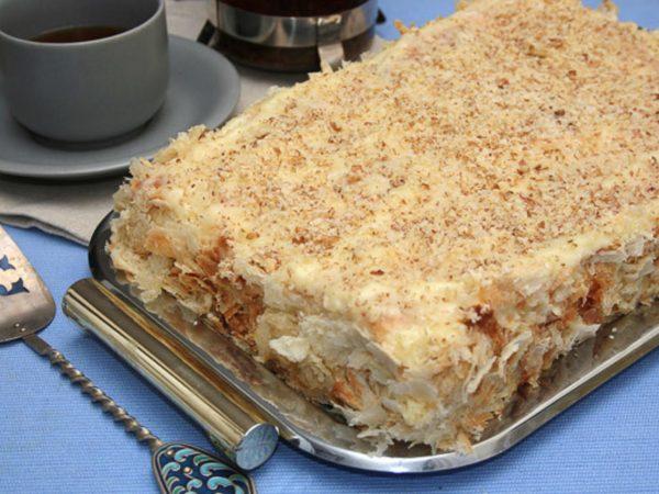 Готовый торт «Наполеон»