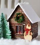 Новогодний макет из дерева и бумаги