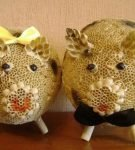 Поделки-свинки из макарон