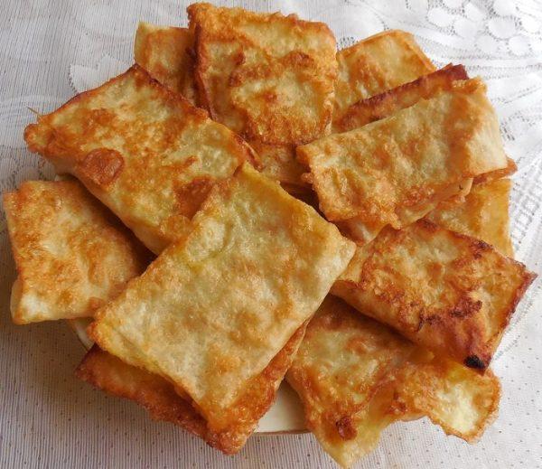 Готовые пирожки из лаваша с яблоками
