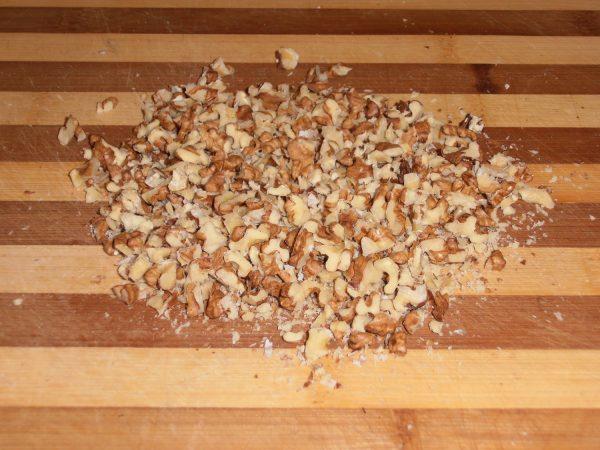 Измельчённые грецкие орехи
