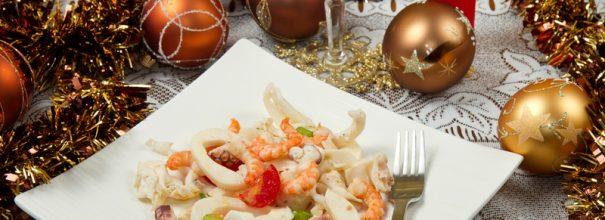 Новые салаты сделают праздничную ночь яркой, вкусной и неповторимой