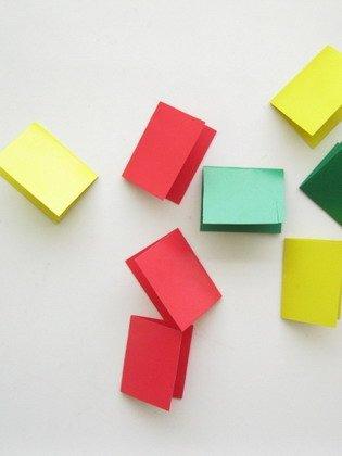 Гирлянда из бумаги: заготовки бумаги
