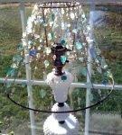 Светильник с абажуром из бусин