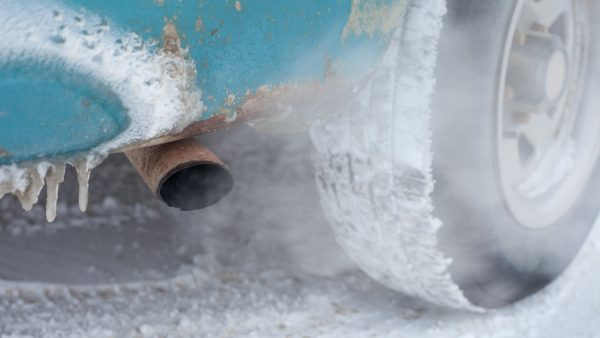 Выхлопные газы зимой