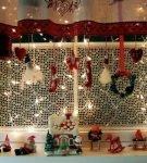 Новогодний декор окна и подоконника