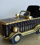 Оформление сладкого подарка «Ретро автомобиль»