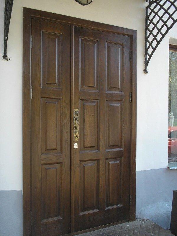 Дверь наружная входная