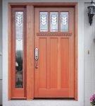 Входная ламинированная дверь