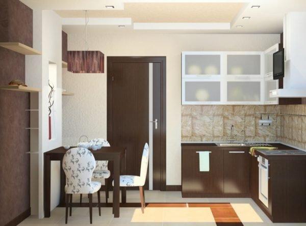 Пространство кухни и вариант двери