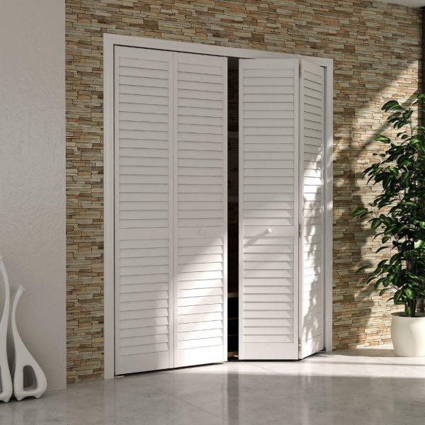 Двери-жалюзи в стенной шкаф