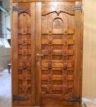 Оригинальная конструкция деревянного полотна