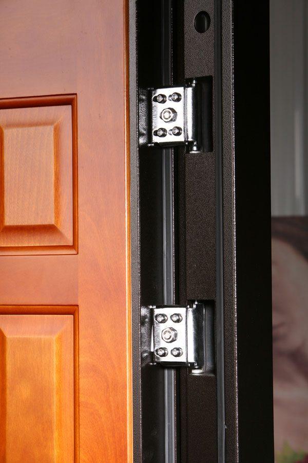 Установка петель для металлических дверей
