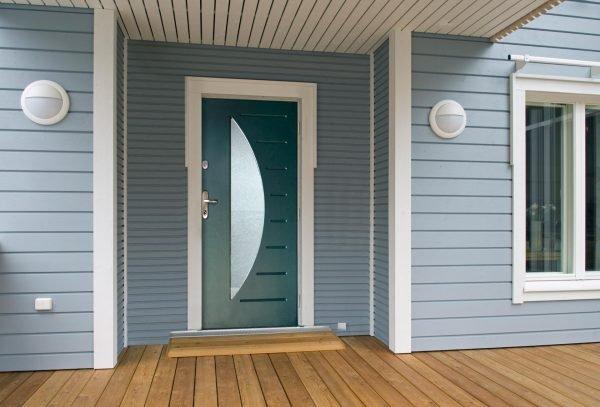 Металлическая одностворчатая дверь