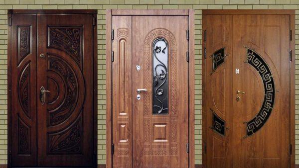 Примеры двустворчатых входных дверей из металла