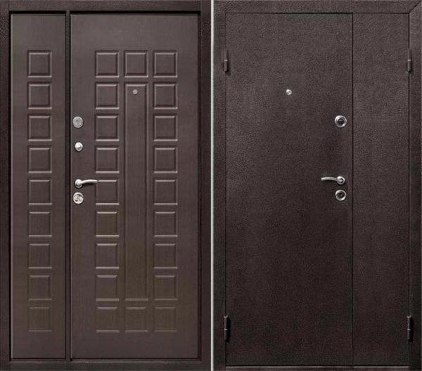 Металлические входные двустворчатые двери