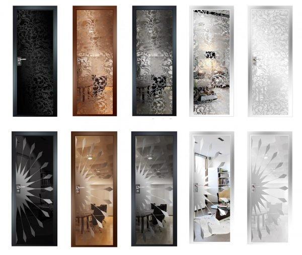 Разнообразие зеркальных дверей с цветным стеклом