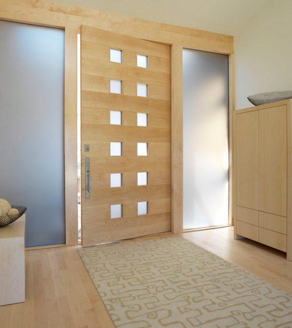 Вариант дверей из белёного дуба