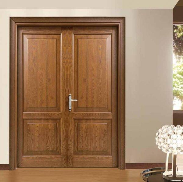Двухстворчатые двери из массива