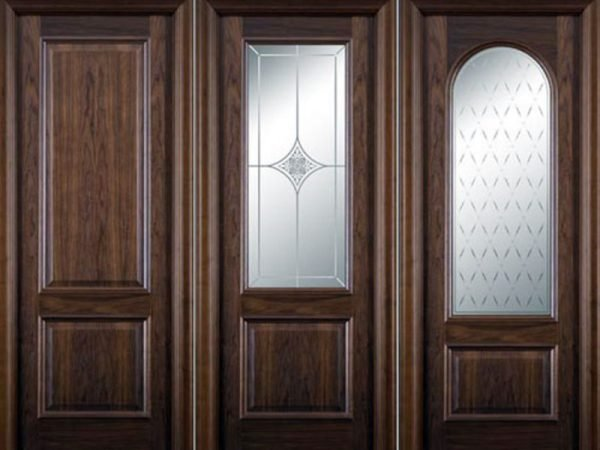 Варианты деревянных дверей