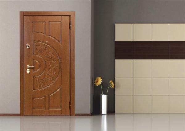 Входная дверь с МДФ накладками