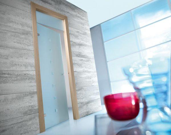 Вариант стеклянной двери