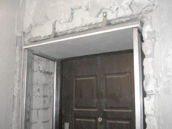 Каркас для отделки дверного проёма