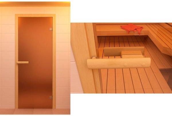 Дверь после установки в бане