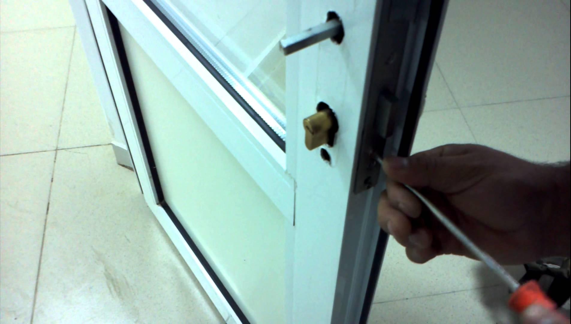 Пластиковая дверь своими руками фото 817