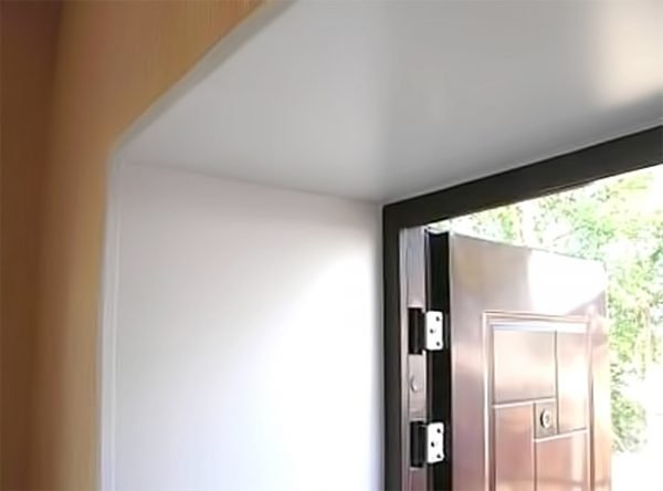 Пластиковые откосы для дверей