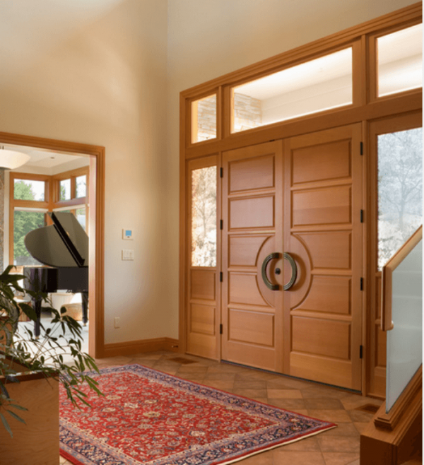 Двустворчатые деревянные двери